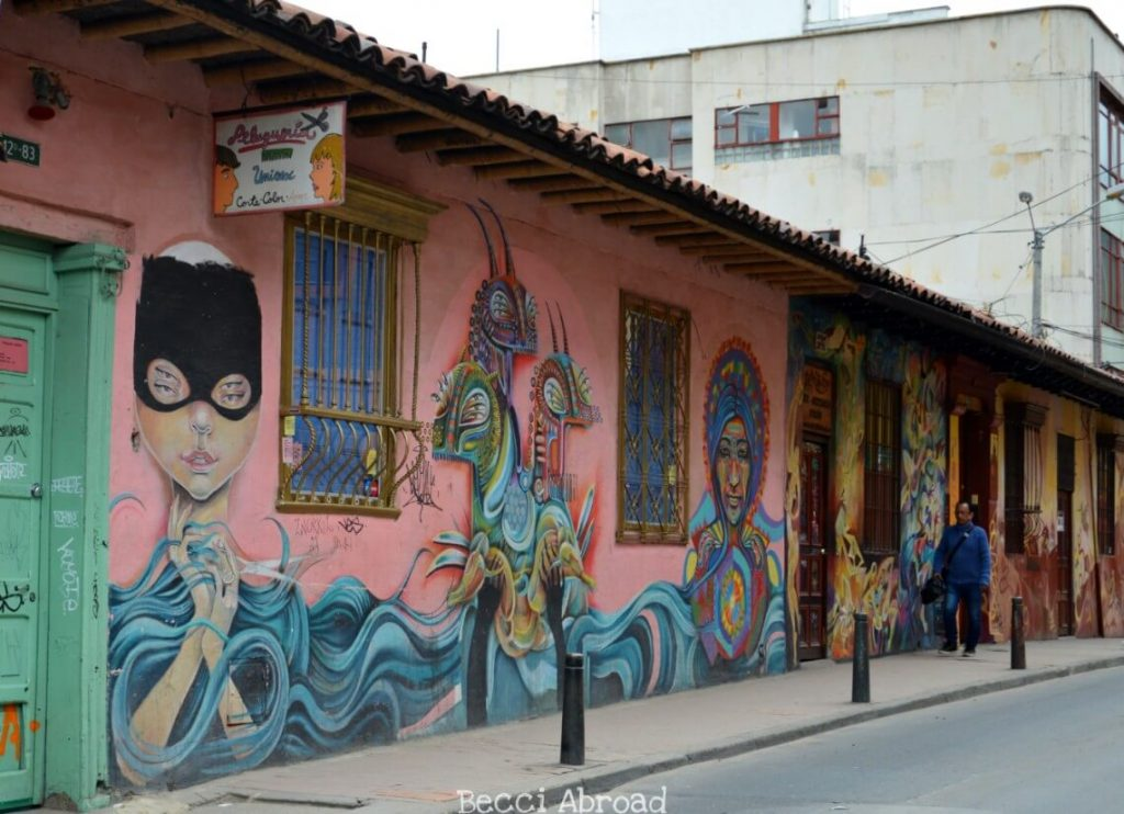 8 things you should know before visiting Bogotá's and its amazing street art scene.