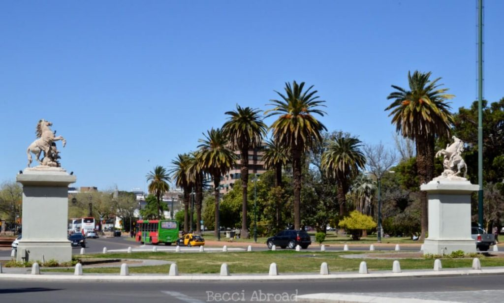 Get all the best need-to-knows and nice-to-knows of fun and useful facts for visiting Mendoza!